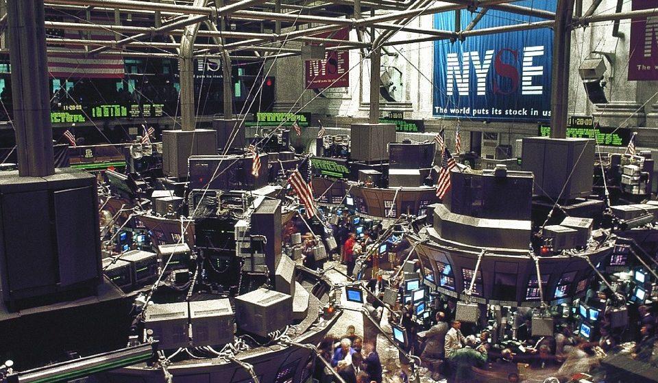 Na Wall Street powraca czerwień po publikacji słabych danych z Chin i USA