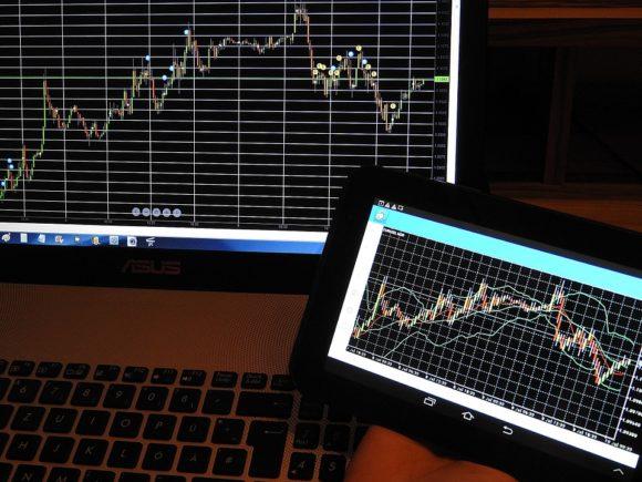 USD/PLN w odwrocie, EUR/PLN walczy z oporem: analiza technicznana 19/11/2019