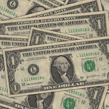 Poprzeczka jest zawieszona nisko. Kurs dolara chwiejny przed szczytem G20