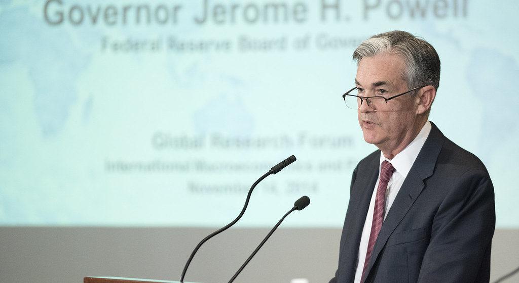 Powell, powiedz nam co myśleć! Co dalej z dolarem, euro i funtem?