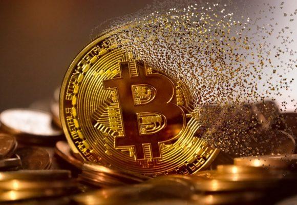 Kryptowaluty w odwrocie. Bitcoin zszedł poniżej 10 000 USD na dobre