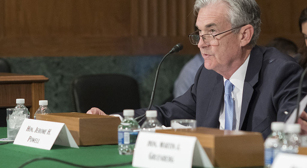 Zapiski nie tak ważne, liczy się to, co powie Powell w piątek. Kurs funta do dolara rysuje formację RGR