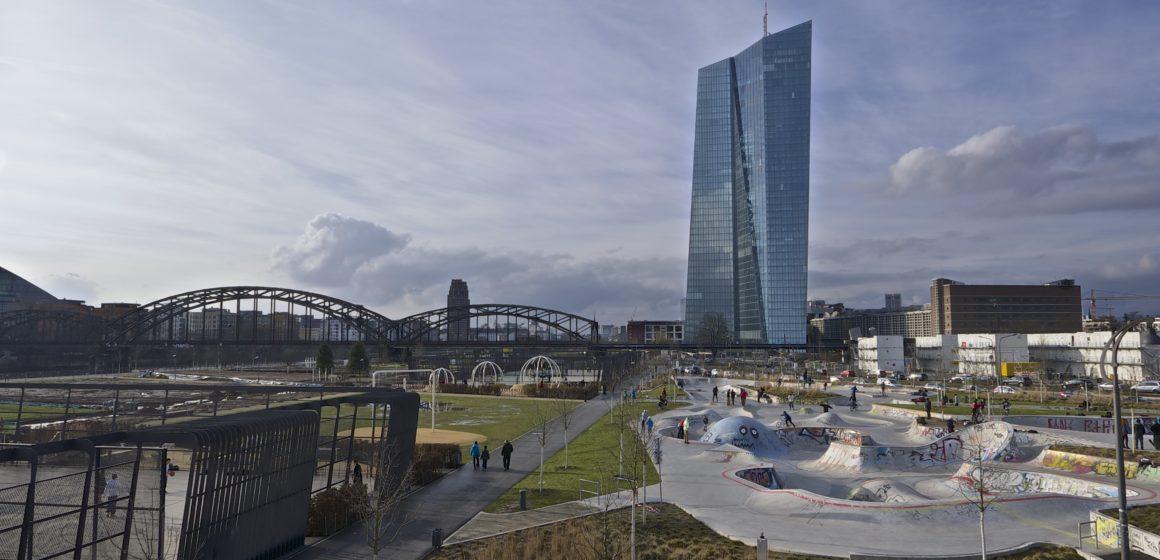 Rynek spodziewa się obniżki stóp przez EBC. Czy kurs euro do dolara (EURUSD) podbije na wyższe poziomy?