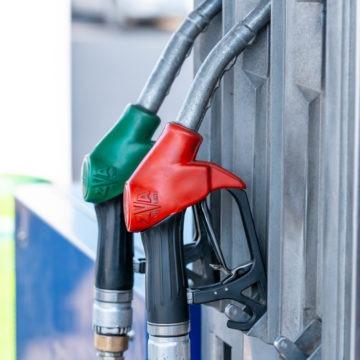 Gwałtowna zwyżka notowań ropy naftowej na skutek ataku na saudyjskie rafinerie