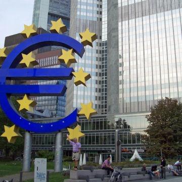 Wysokie oczekiwania przed posiedzeniem EBC. Co zrobi kurs euro?