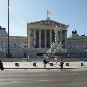Austria ma problem ze stworzeniem rządu. Dolar wciąż pozostaje mocny wobec euro
