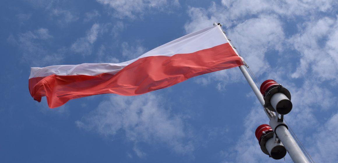 Polska ucierpi na atakach w Arabii. Kurs dolara i euro rośnie w stosunku do PLN