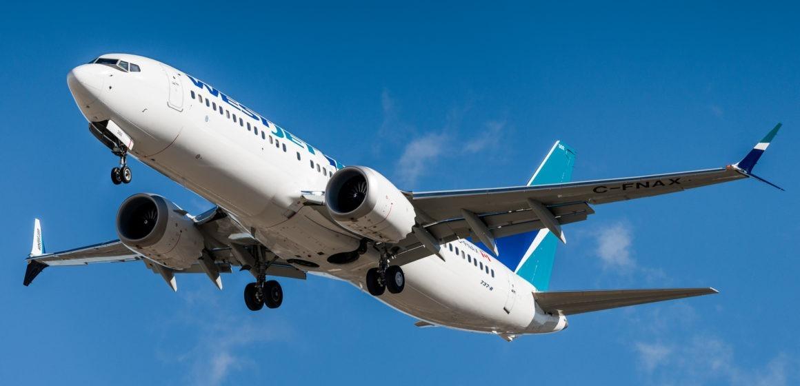 Kurs akcji Boeinga odbija od dna pomimo spadku zysków o 53%
