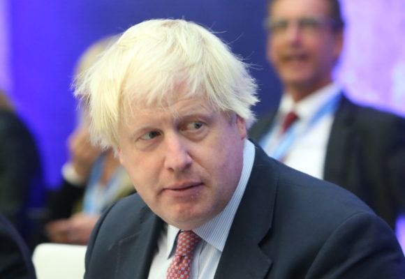 Johnson, mistrz chaosu. Co dalej z członkostwem Wielkiej Brytanii w Unii Europejskiej?