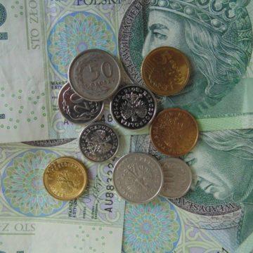 Kursy walut: rośnie napięcie! Euro, Funt i Dolar w trendzie bocznym. Frank testuje wsparcie