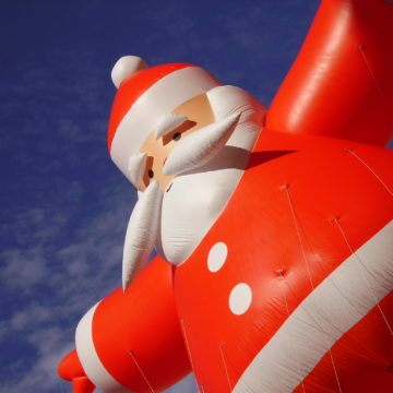 Na giełdzie nie ma przecen. Jest za to lista życzeń przed Rajdem św. Mikołaja
